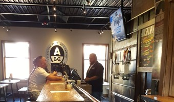 alesatian-brewing-bar