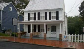 Patsy Cline Historic House